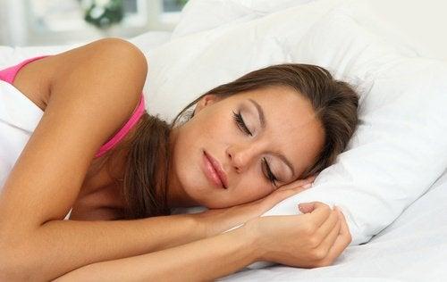 Ложиться спать раньше