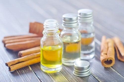 Парафиновое масло и ушная сера