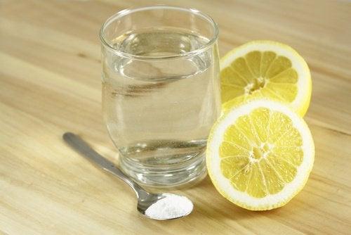 Убрать ржавчину водой с лимоном