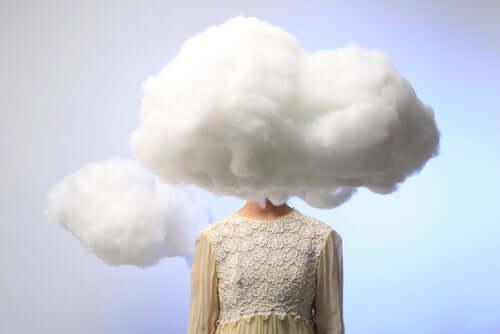 Усмирить беспокойный разум и обрести душевное равновесие: 5 секретов