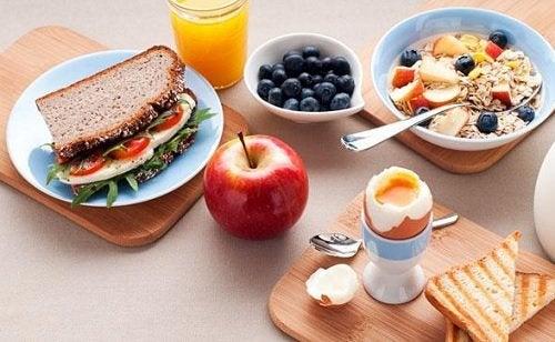 Завтрак и ужин: 5 простых ключей к похудению