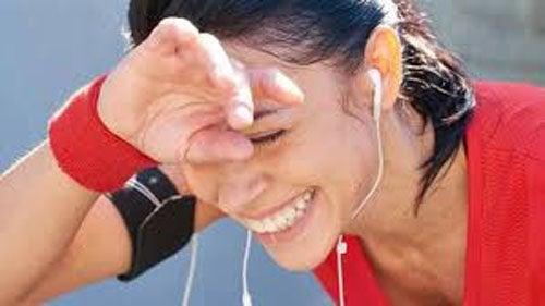 Прогулки улучшают кровообращение и предотвращают задержку жидкости
