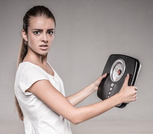 Ежедневные 45-минутные прогулки помогут похудеть
