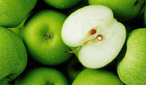Зеленые яблоки и насыщенные жиры