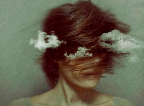 Девушка не может избавиться от чувства вины