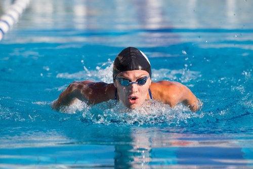 Плавание повышает нашу самооценку