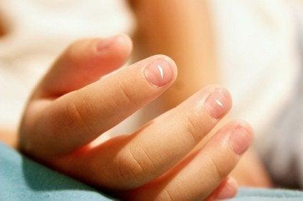 Ногти с неровной поверхностью