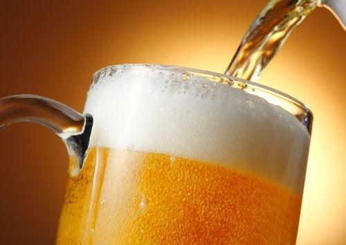 7 невероятных полезных свойств пива