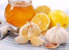Мед с чесноком и лимоном укрепляет иммунитет и оздоравливает организм в целом