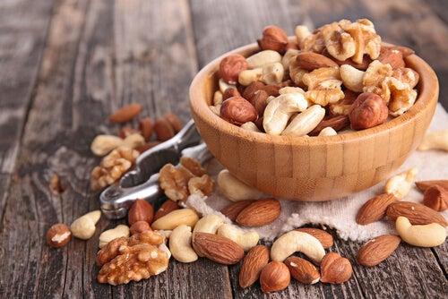 Орехи помогут позаботиться о печени