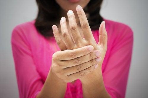 Руки и повышенный холестерин