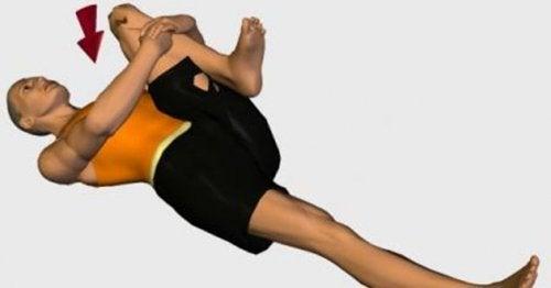 Упражнение при боли в седалищном нерве
