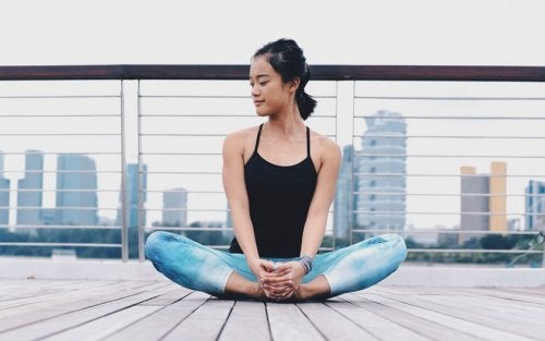 Упражнения при боли в седалищном нерве