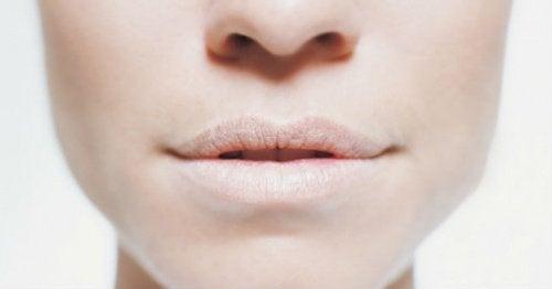 Сухость во рту и обезвоживание организма