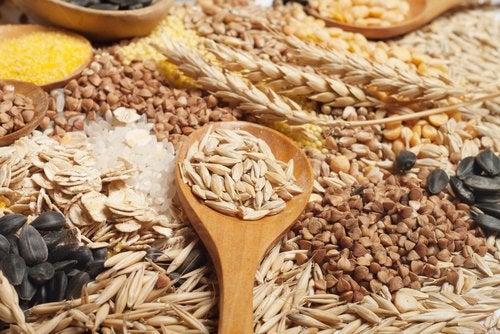 Интегральные злаковые помогут избавиться от складок жира на животе