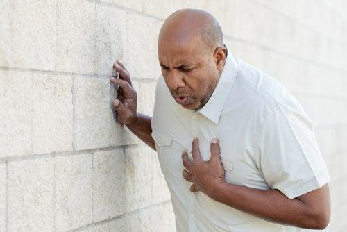 Инфаркт и кашель