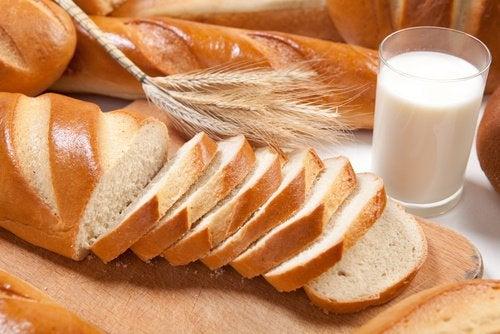 Хлеб и кубики пресса
