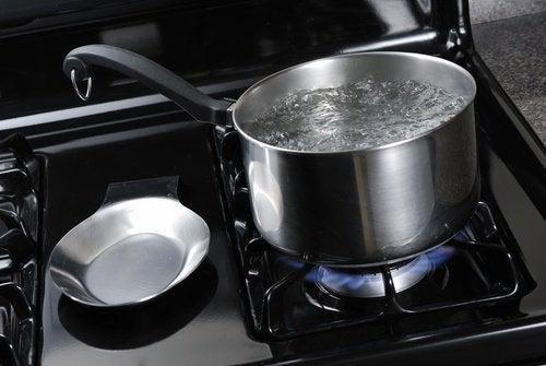 Теплая вода и недержание мочи