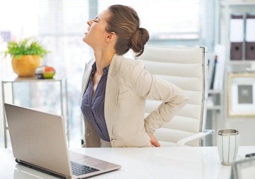 Боль в спине и проблемы с позвоночником