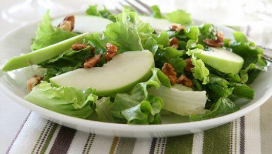 Салат из сельдерея поможет сохранить мозг здоровым