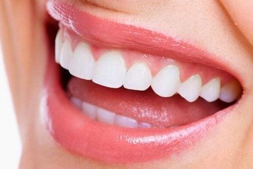 Ежевика укрепляет зубы