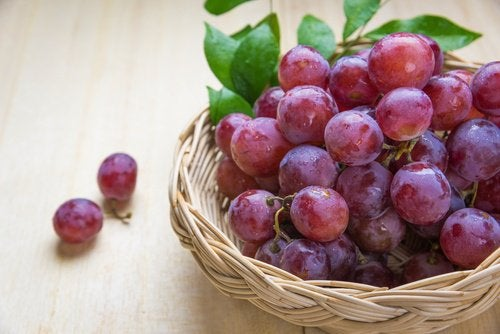 10 фруктов, способных отсрочить старение