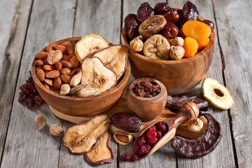 Орехи позволяют избавиться от лишнего жира
