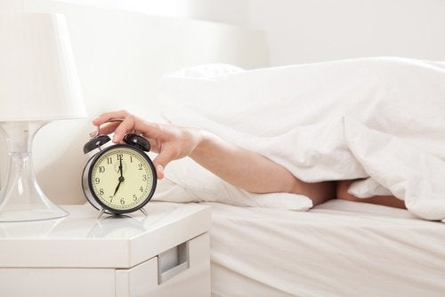 Пора вставать и лишние килограммы