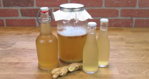 Попробуйте приготовить имбирную воду для похудения
