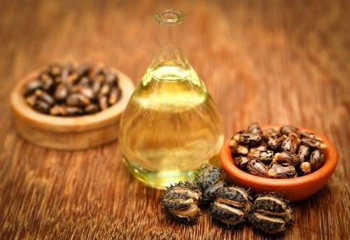 Касторовое масло и гладкие пятки