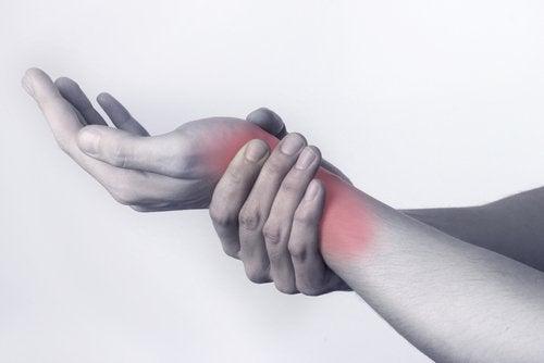Тендинит и болят суставы