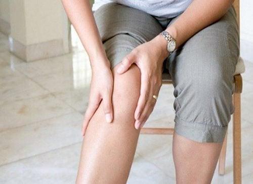 Корень имбиря и боль в колене