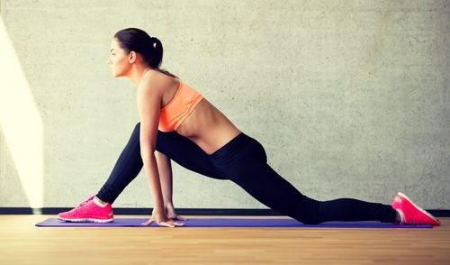 Планка: лучшее упражнение чтобы сжигать жир и улучшить осанку!