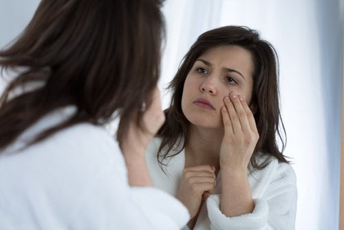 Нервный тик глаза: 7 причин его появления