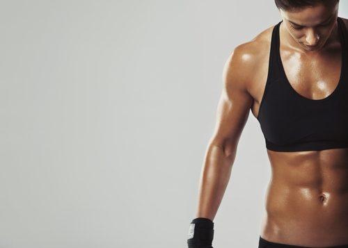 Сжигаем жиры и развиваем мускулатуру при помощи правильного питания: 7 полезных советов