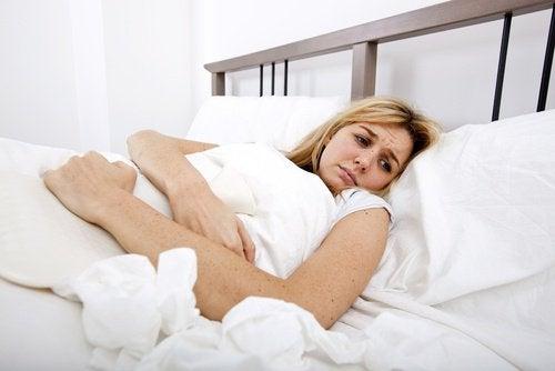 Щитовидная железа и боль в животе