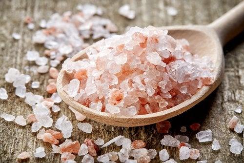 Гималайская соль и боль в коленном суставе