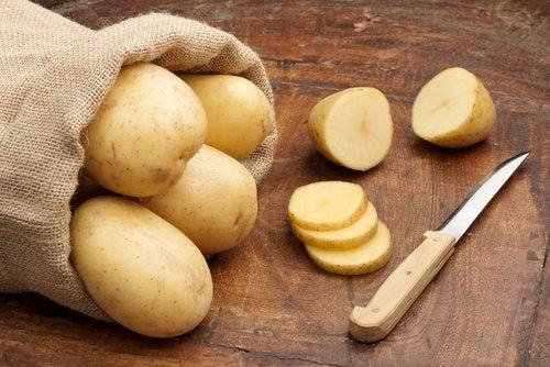 Картофель и область подмышек