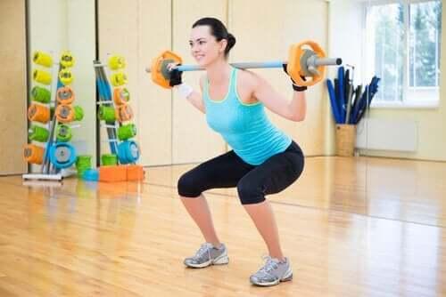 Сжечь жиры и нарастить мышцы при помощи правильного питания: 7 полезных советов