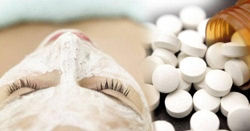 Аспирин и 4 удивительных способа его применения для ухода за собой