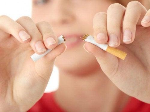 Психологические стратегии, которые РЕАЛЬНО помогают бросить курить
