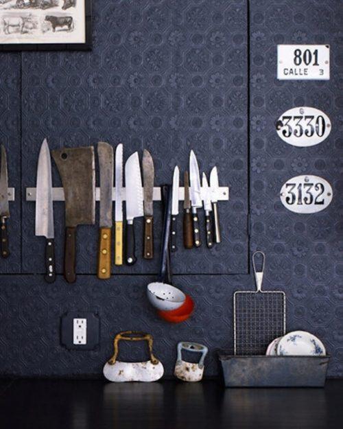 Ножи на магнитной ленте и порядок в доме