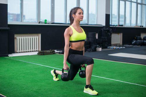 Упражнения на ягодицы и ноги
