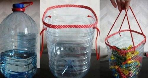 Корзинки и пластиковые бутылки