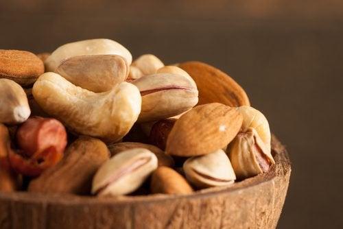 Почему орехи и семена обязательно нужно вымачивать?