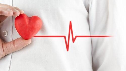 Как отличить сердечный приступ от панической атаки?