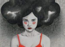 Женщина с темной тучей над головой