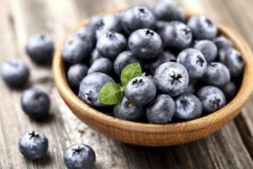 Черника и клюква: как вырастить эти ягоды самостоятельно