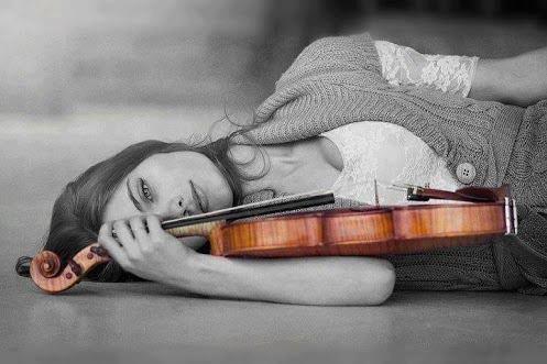 Женщина и скрипка высокочувствительные люди