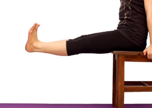 Красивые ноги и упражнение на квадрицепс бедра